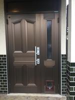 玄関ペットドア3